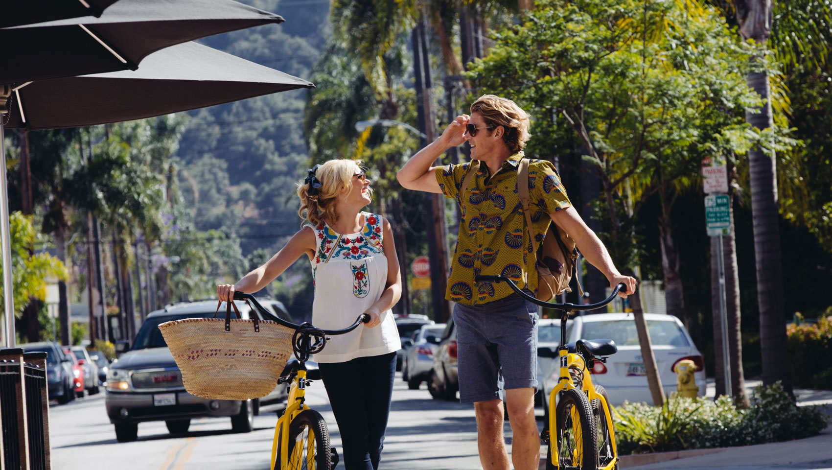 Guests with bicycles in downtown santa barbara
