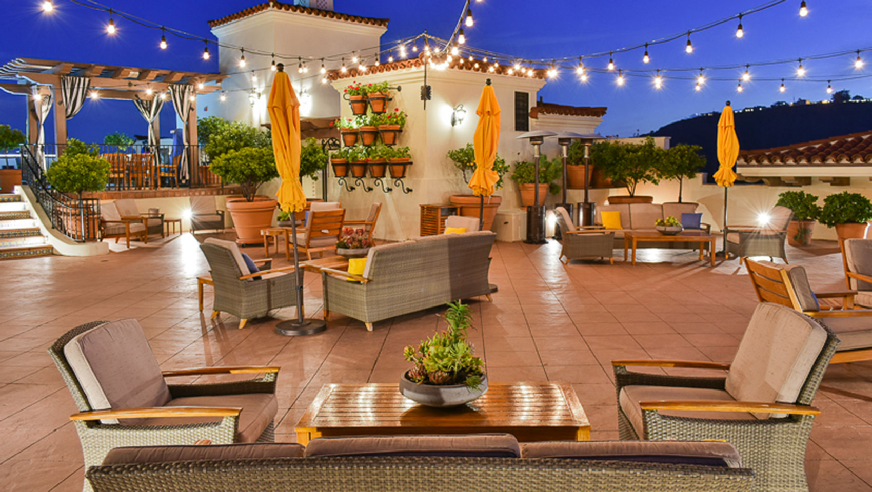 kimpton santa barbara canary hotel rooftop wedding